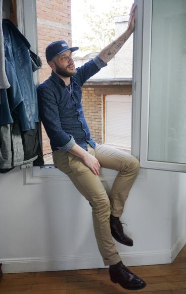 Casquette Brixton - chemise Bill Tornade - pantalon Carhartt