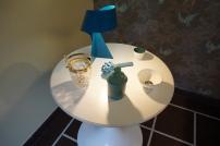 Lampe Habitat - Sceau à glace en cristal Emmaüs - Bougie et bol Patch NYC pour Monoprix - Artichaut en céramique italienne de Fasano (Pouilles)