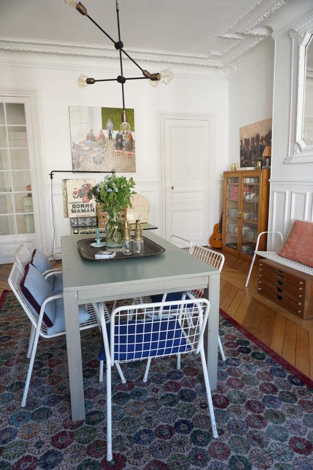 """Chaises """"Rio"""" marque """"Emu"""" et vieille table La Redoute"""