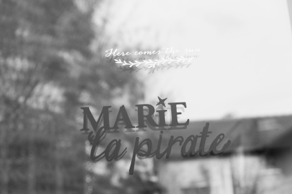 At Home - Marie La Pirate 34